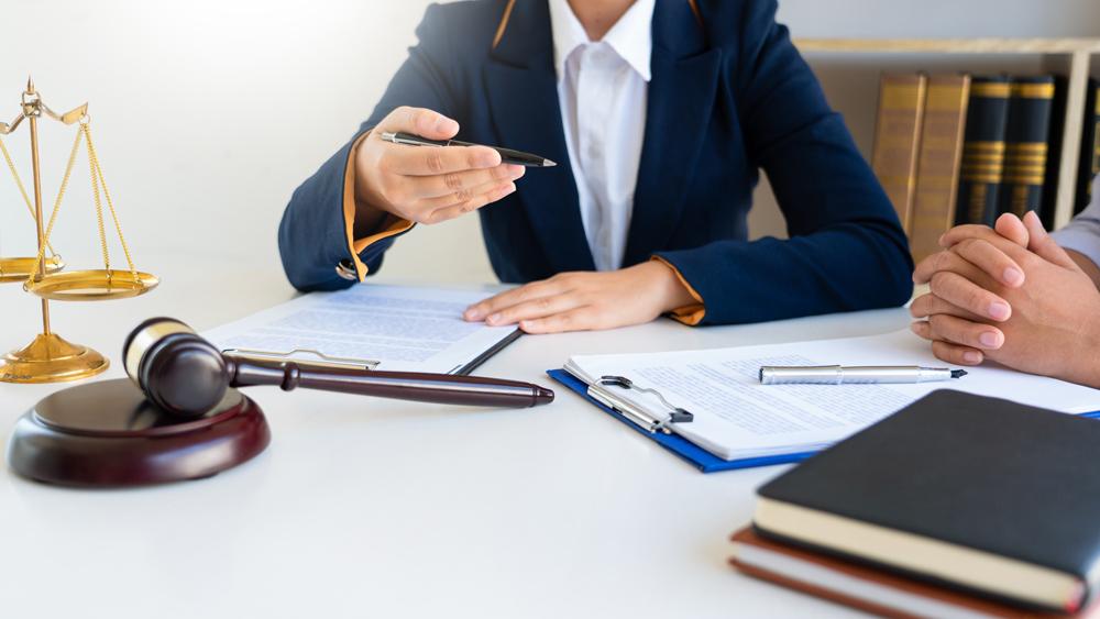 адвокат по налогам